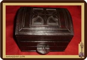 Coffre à bijoux touareg à tiroir recouvert cuir ref 175PM