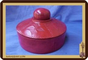 Boite à bijoux touareg (cuir ciselé) ref M300GR