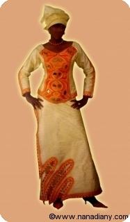 Robe/boubou africaine bazin riche  avec perlage Ref 5311