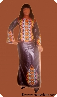Boubou robe bazin riche art et artisanat africain du Mali avec perlage Ref 5328