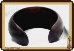 Gros bracelet en ébène massif ref 2402