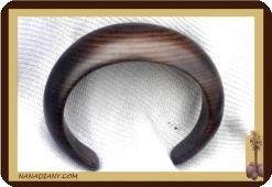 Petit bracelet en ébène massif Ref 2404