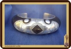 Bracelet touareg en ébène et argent massif Ref 2600